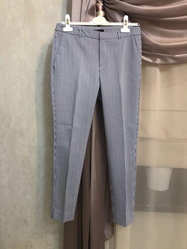 Классические брюки в полоску. Ни разу не одевалось. Размер 38
