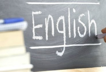 фольксваген 5 в Азербайджан: I am a foreign native English speaker. I teach online English lessons