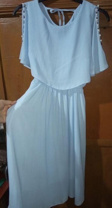 Шикарное платье, качество отличное, размер-XS(44),до колени
