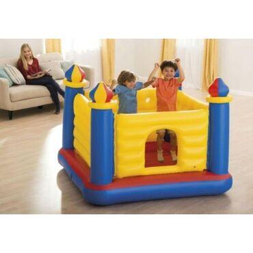 Надувной игровой центр -батут «Замок» представляет собой детский