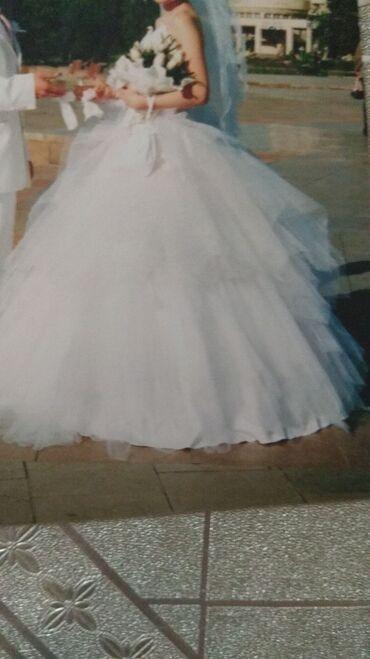 турецкое вечернее платье в Кыргызстан: Платье свадебное Турции,Nelufer, размер 46, корсет на замке и юбка