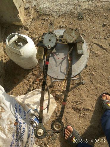 Bakı şəhərində Mercedes ucun padyomnik