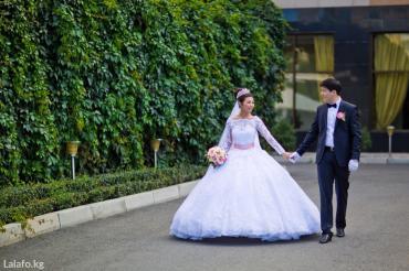 Продаю свадебное платье от известного в Лебединовка