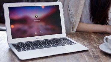 Macbook Air 11, русская клавиатура, 5 циклов зарядки. в Бишкек