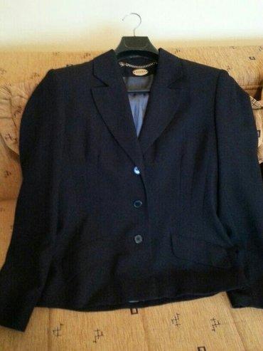 Crni sako, ustrucen, veličina 40, malo nošen, bez oštećenja - Velika Plana