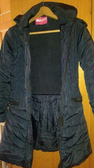 Zimska jakna za devojcice od 12 do 14 god.U odlicnom stanju bez