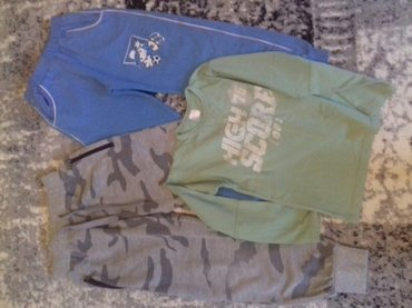 Dve trenerke i majica veličina 6. - Palic