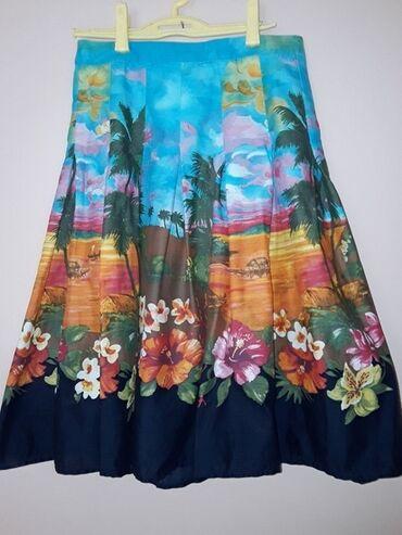 Ski jakna - Srbija: Zara pamucna suknjaPrelepa suknja,jako intenzivnih boja,od pamucnog