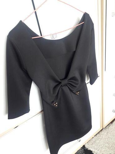 Nova crna kratka haljinanije nosena odgivara za Xs i S sa 3/4 rukavim