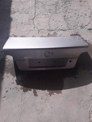 Крышка багажника бмв е39 серого цвета. не битый. голый. цена 3000 сом. в Бишкек