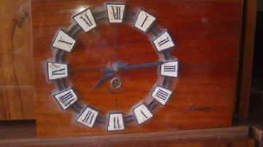 Антикварные часы - Кыргызстан: Часы по 500,вымпелы по250 сомов