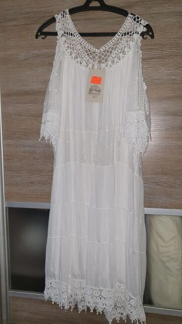индийские-платья-больших-размеров в Кыргызстан: Продаю новые шёлковые платья Италия.Шелк не только спасает от жары