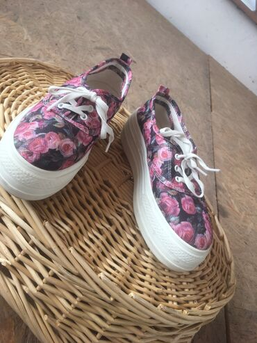 Мягкие кеды/ботинки белые и розовые LC Waikiki качество супер, за два