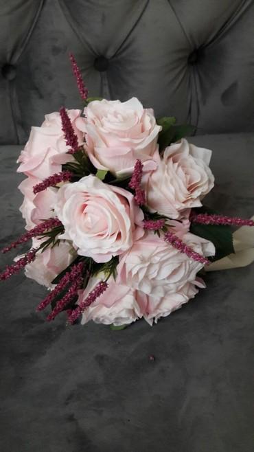 Свадебные аксессуары - Новый - Бишкек: Свадебные букеты! Шикарные розы новинки!Самые доступные цены!