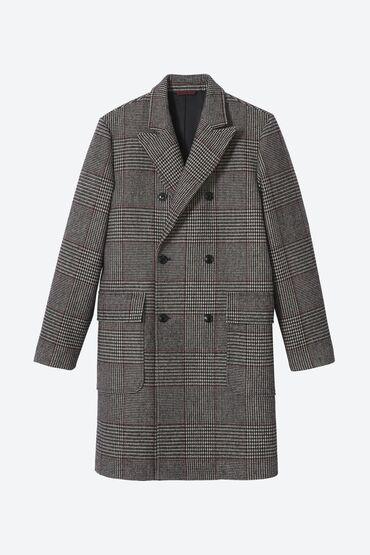 Классическое двубортное пальто, с шестью пуговицами, из прекрасной то