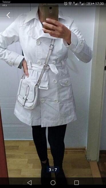 Esprit-manti - Srbija: Beli mantil, vel 40/42,u odličnom stanju, jako lepo stoji i kombinuje