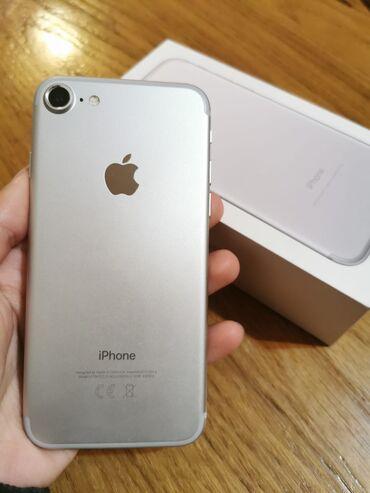 Na prodaju IPHONE 7 32GB SIM FREE  Uredjaj je u perfektnom stanju 10/1