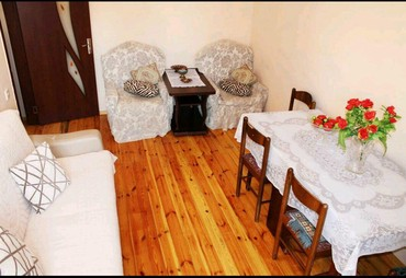 аренда 1 комнатной квартиры в Азербайджан: Yalniz ve yalniz weherimizin qonaqllari ucun. Gundeliy ev Qiz