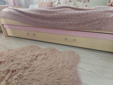 Decije stvari - Srbija: Prodajem deciju sobu Kika, proizvodjaca Jela Jagodina. Krevet sa