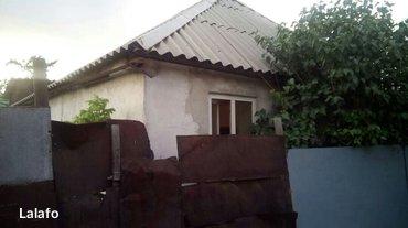 продаю пол дома. 2-х комнатный дом, в бишкеке. в районе киркомстром, у в Бишкек - фото 5