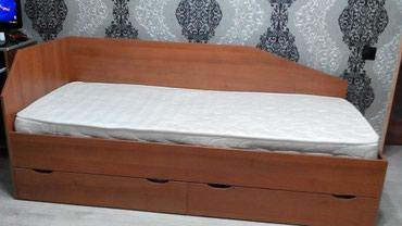 Продаю б/у односпальную кровать с в Бишкек