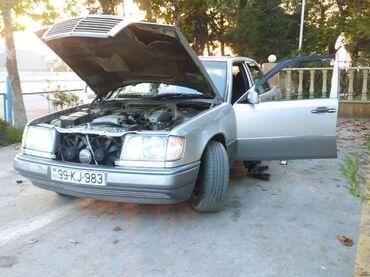 52 elan   NƏQLIYYAT: Mercedes-Benz E 220 2.2 l. 1995   450713 km