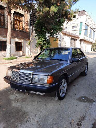 Mercedes-Benz - Gəncə: Mercedes-Benz 190 2 l. 1990   281366 km