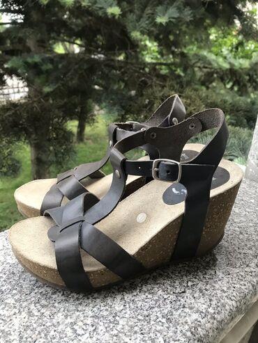 """UNA"" sandale, broj 41, nove"