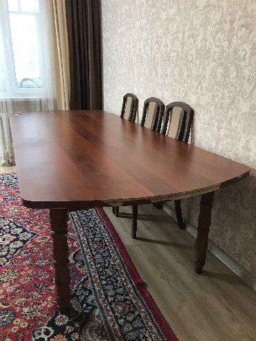 стол большой для дома в Кыргызстан: Стол, бльшой стол для большого зала, размер 3 метра на 1.20Очень