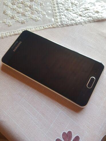Samsung galaxy a3 - Азербайджан: Б/у Samsung Galaxy A3 2016 16 ГБ Белый