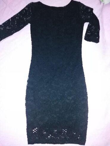 Ženska odeća | Lazarevac: Crna haljinica,rukavi 3/4 prelepa