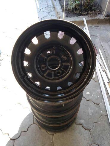 диска для машина в Кыргызстан: Продаю диски от машины мазда новые идеальные