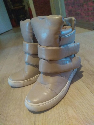 Другая женская обувь - Сокулук: Сникерсы очень удобные в нюдовом оттенке