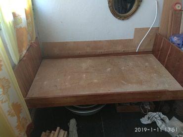 Кровать- тахта , раздвигается в длину до 1,8м в Бишкек
