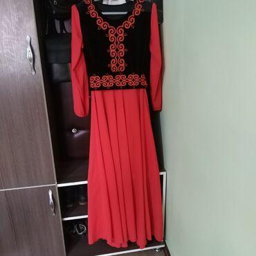 платья kg бишкек в Кыргызстан: Продаю платья на кыз узатуу Цена500