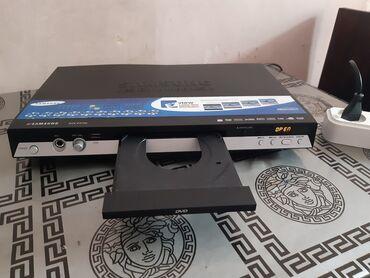 dvd плеер samsung в Азербайджан: Samsung DvD hec bir problemi yoxdu 1 aydi islenib