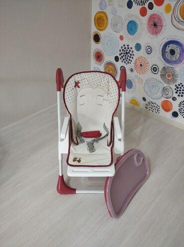 Другие товары для детей в Бостери: Стульчик для кормления в отличном состоянии