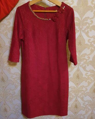 Женские платья в отличном состоянии, размеры-52