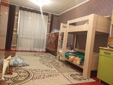 Продажа комнат в Кыргызстан: Продаю комнату гостиничного типа 18, 6 м кв. Коридорного типа в 5 мкр