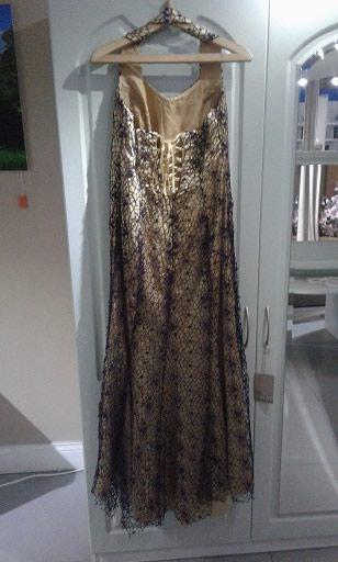 Платье в пол,размер 48-50 +накидка вязанная крючком как на платье. в Бишкек