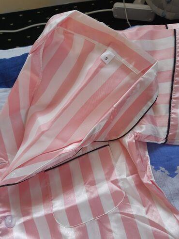 Сатылат жаны пижама размер s.баасы 800сом
