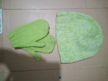Шапку-для-девочки - Кыргызстан: Отдам даро женс шапку и перчатку в обмен на литр масло