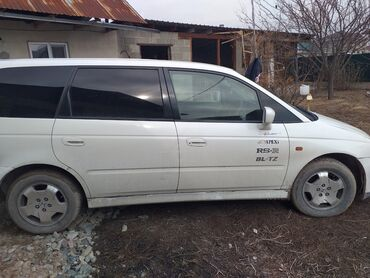Honda Odyssey 2.3 л. 2000 | 450 км