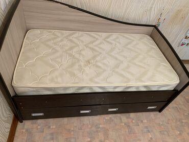 купить качалку детскую в Кыргызстан: Продаю кровать детскую! Размеры 85! Цена вместе с матрасом. Есть не