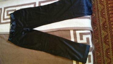 Elegantne Ketrin pantalone, vel 38. presijava se materijal i jako - Beograd