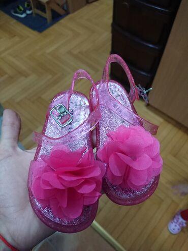 Dečija odeća i obuća - Crvenka: Primark letnje sandalice