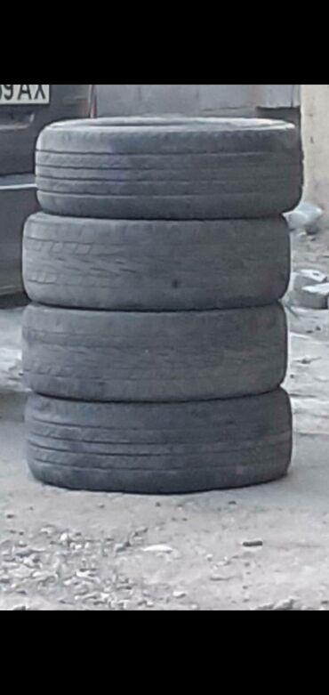 Шины и диски - Бишкек: Срочно продаю летние шины размер 215 60 17