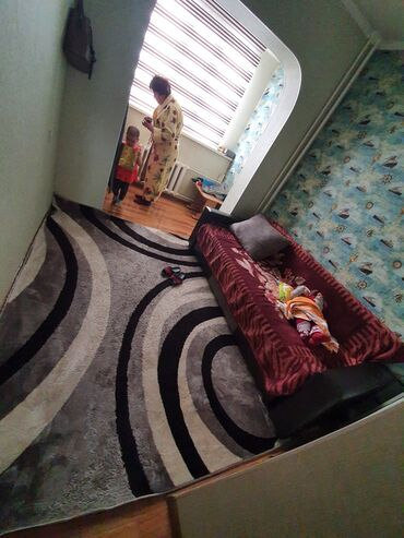 Продажа квартир - Бишкек: Продается квартира: 106 серия, Асанбай, 3 комнаты, 95 кв. м