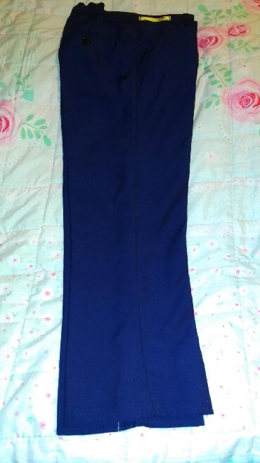 Новые школьные брюки на мальчика 6-7-8 лет производства Кыргызстан