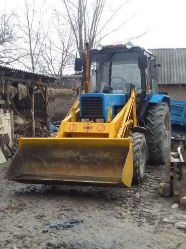 Грузовой и с/х транспорт в Базар-Коргон: Мтз 82 тракторго погрузчик кун сатылат высотасы 4м 2куб тел